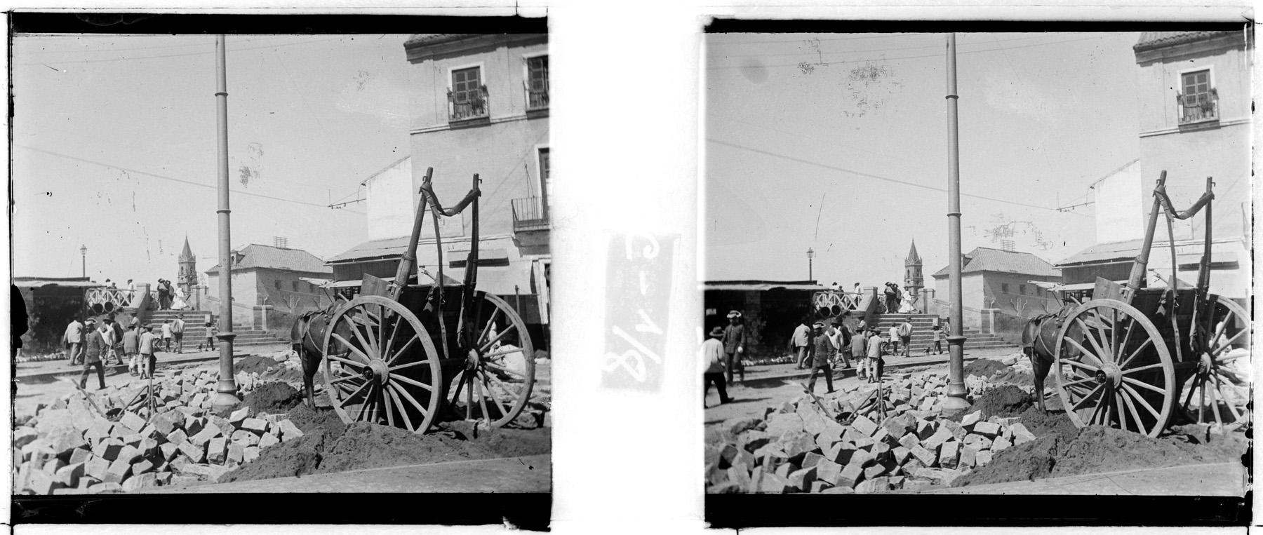 Málaga. Obras de saneamiento urbano en Puerta Nueva y Carreterías. Colección de estereoscopías del archivo fotográfico JAMER.