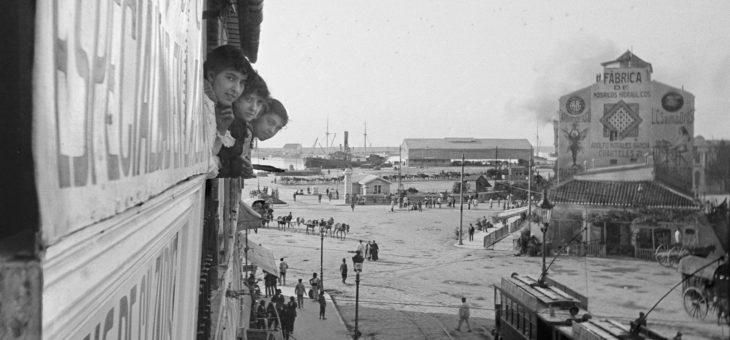 Málaga. Acera de la Marina y Puerto. Hacia 1920.